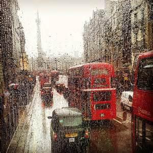Summer Duvet Cover London Under Rain Photograph By Yetis Uysal