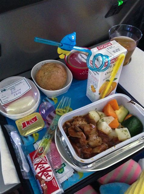 Juice Bar Floor Plan by 10 Reasons Why Cathay Pacific Is The World S Best Airline