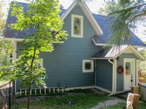 four season muskoka cottage for sale cottageinmuskoka ca