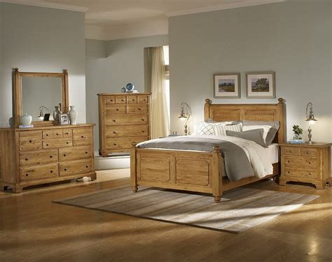 Light Wood Bedroom Set Light Wood Bedroom Sets And Colored Interalle