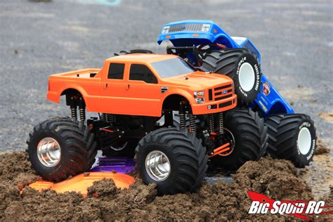 monster truck mud videos pin rc mud bog 13 on pinterest