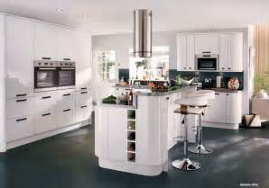 Model kitchen terbaru also image of b and q kitchen design tool and