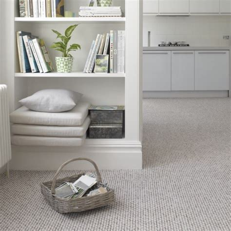 bedroom carpets best 25 bedroom carpet ideas on grey carpet
