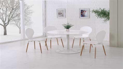 White Gloss Dining Chairs White Gloss Dining Table And 4 White Pu Chairs Homegenies