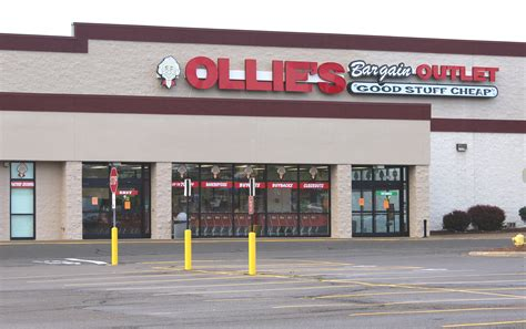 supplies outlet file ollie s bargain outlet store ypsilanti michigan jpg wikimedia commons