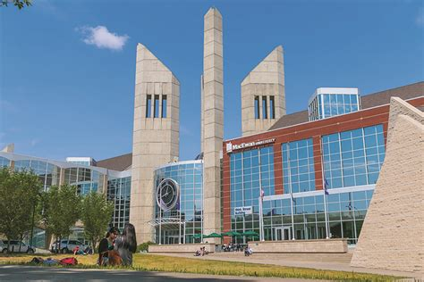Mba Colleges In Edmonton Canada by Macewan Profile Maclean S
