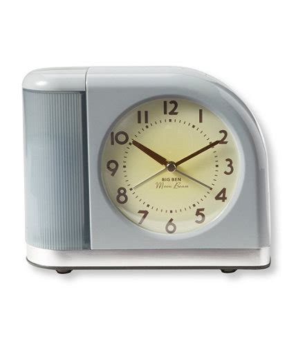 moonbeam alarm clock with usb port
