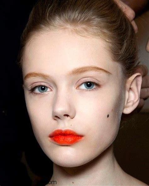 tutorial makeup lipstik orange how to wear an orange lip makeup look tutorial fab