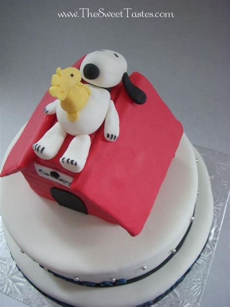 Snoopy Cake Decorations by 11 Best Images About Cake Decorations On