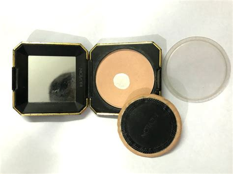 Revlon Touch And Glow Powder revlon touch and glow best compact powder