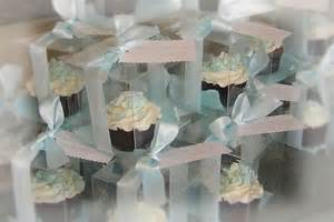 Cupcakes As Wedding Favors by Pin Frutillita Rosita Fresita Wrappers Para Cupcakes
