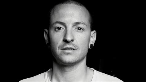 chester charles bennington biography biography of chester bennington in hindi early life
