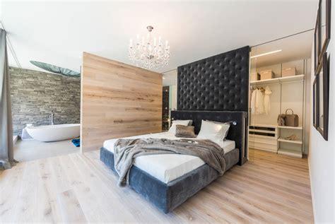 schlafzimmer mit schwarzen möbeln bad im schlafzimmer cyberbase co