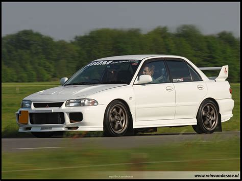 Lu Lancer Evo 3 my favorite lancer of all the evo 3