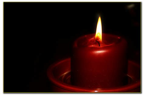 imagenes velas rojas encendidas sibila bruja la magia con velas rojas