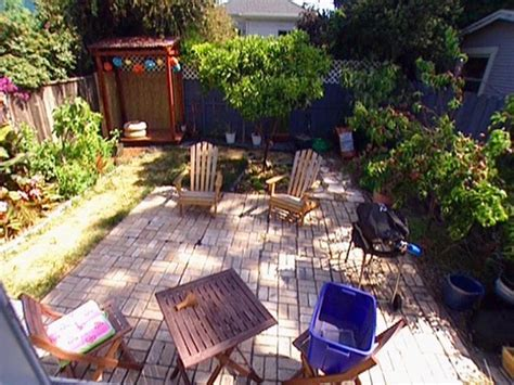 How To Fix A Backyard by Beautiful Backyard Makeovers Diy