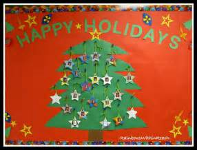 happy holidays christmas tree bulletin board