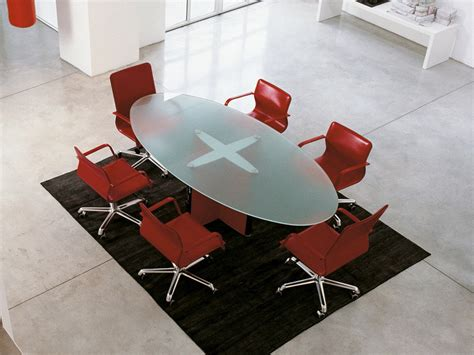 Glass Meeting Table Valeo Oval Meeting Table By Enrico Pellizzoni Design Epcr