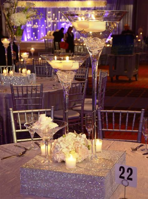 Martini Vases For Weddings by 25 Best Ideas About Martini Centerpiece On