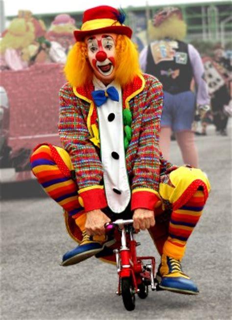 clown bikes lanky the clown titus county fair