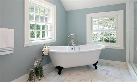 Colors To Paint Small Bathrooms by Popular Paint Colors For Small Bathrooms Best Bathroom