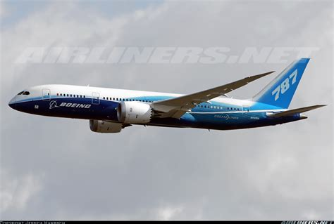 787 dreamliner airplane boeing commercial airplanes boeing 787 8 dreamliner aircraft picture