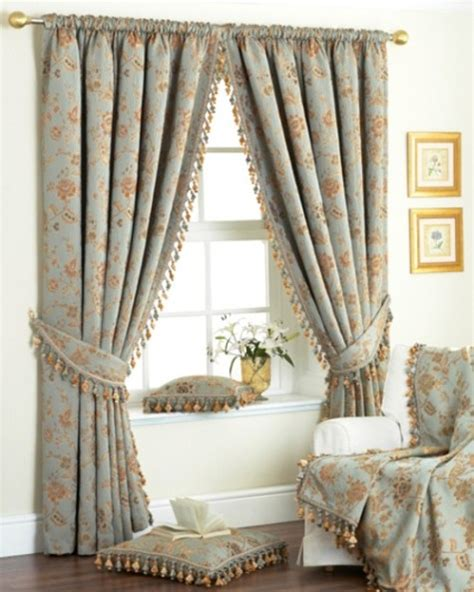 Livingroom Window Treatments by Bedroom Curtains Choosing Bedroom Curtains Interior Design