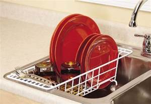closetmaid the sink dish rack drainer organizer