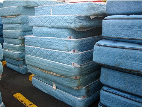 Recycling Mattresses by How To Reuse Your Mattress Diy Inspired