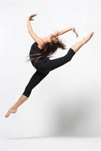 Contempory Dancers Unite Contemporary Dance Class In Charlotte