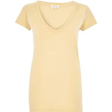 Qr Vneck Yellow lyst river island light yellow v neck cap sleeve t shirt