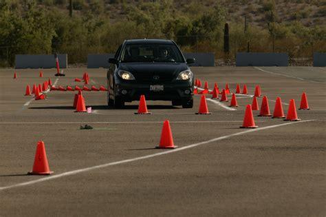 toyota s free safe driving program helps improve their driving skills autokinesis