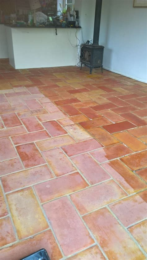 Kitchen Floor Tiles Terracotta Tile Cleaning Cleaning And Polishing Tips For