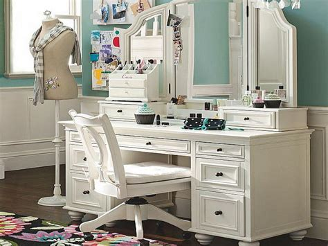 Large Makeup Vanity Table decorating make up vanity mirror your home