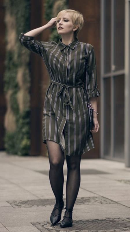 Dress Mini Semi Denim Asli Bangkok lace up flats and khaki dress as seen on