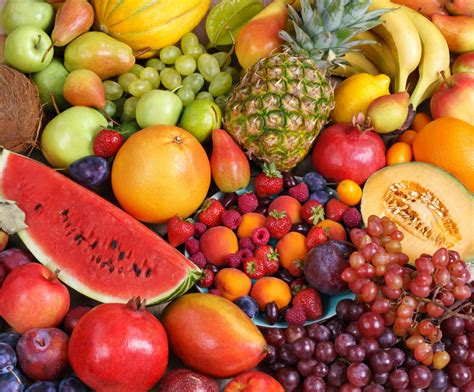 fruit in variety of fruits at the market jigsaw puzzle in fruits