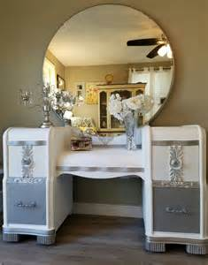 Vanity Mirror Knobs Best 25 Refinished Vanity Ideas On Painted