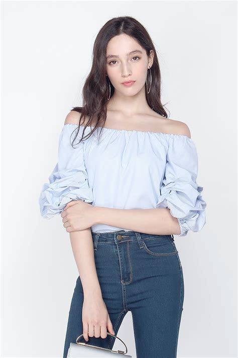 The Shoulder Ruffle Top fayth laguna ruffle shoulder top