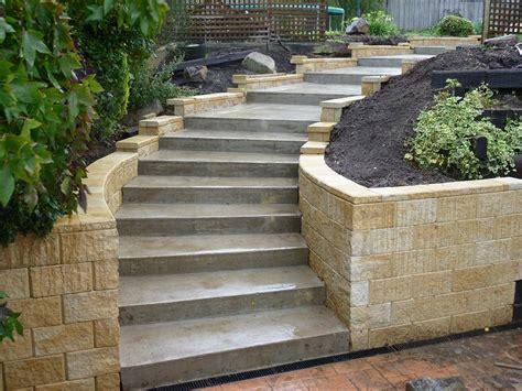 Retaining Wall Stairs Design Concrete Exterior Stairs Using Menards Retaining Wall Blocks Gardening Pinterest Cement