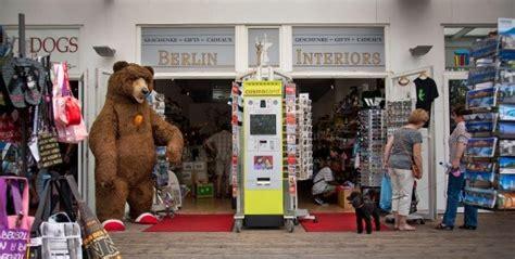 englische stilmöbel berlin bilderstrecke zu berlin souvenirs hier ist mehr als der