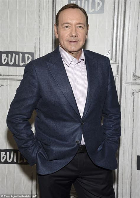 echo house of cards kevin spacey compares house of cards to donald trump daily mail online
