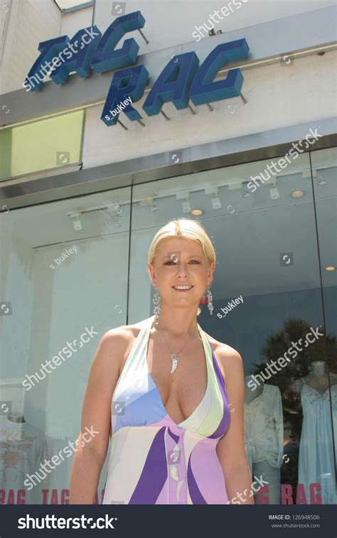 2006 search for tara solvetaragrinsteadcase beverly hills july 10 tara reid at tag rag boutique