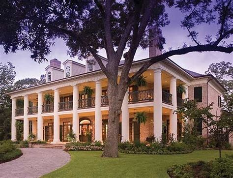 plantation house plans best 20 plantation style houses ideas on