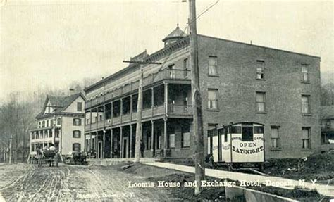 Loomis Post Office by Vod Home Page
