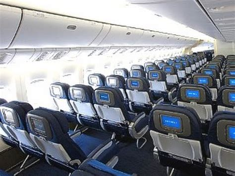 UNITED AIRLINES TO SEATTLE | ZRH-IAD | ECONOMY CLASS ... United Airlines 777 Interior