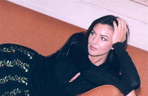 monica bellucci quotes life monica bellucci beauty quotes quotesgram