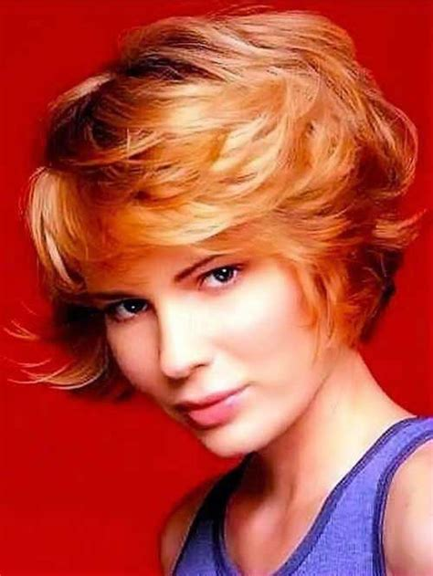 hairstyles for women feathered back on sides 20 layered hairstyles for short hair the best short