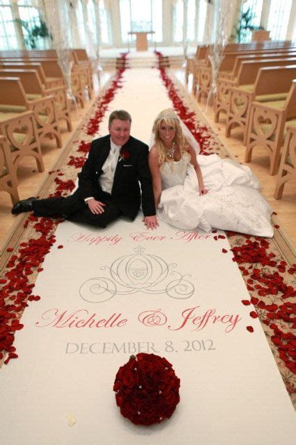 Best 25  Wedding aisle runners ideas only on Pinterest