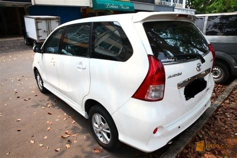 Lu Mobil Toyota Avanza toyota avanza veloz tipe g 1 5 tahun 2013 original dan terawat gorontalo jualo