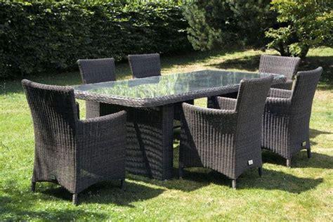 table de jardin et chaises ensemble table et chaises de jardin en rsine tresse modle